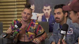 We play Royal Flush with DNCE: Truth or Lie?!