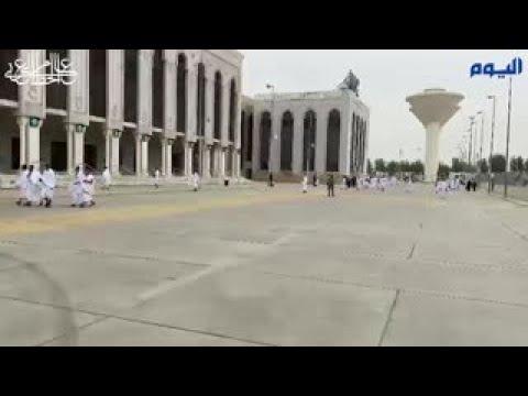 ضيوف الرحمن يتوافدون إلى مسجد نمرة لأداء صلاتي الظهر والعصر جمعًا وقصرًا