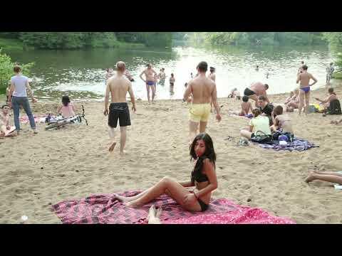 МЧС предупреждает - купайтесь только на официальных пляжах.
