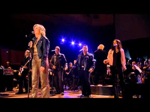 Olivia Newton-John - Hopelessly Devoted To You ( Sydney - 2006 )