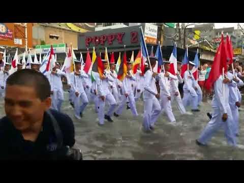, title : 'Русские моряки на параде в Таиланде. Русский характер. Попурри'