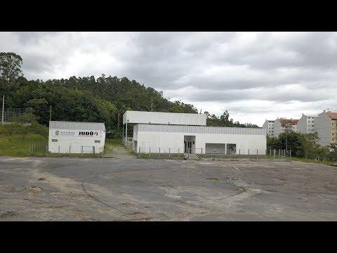 Friburgo: após obra de mais de R$ 1 milhão, praça em Olaria segue inacabada