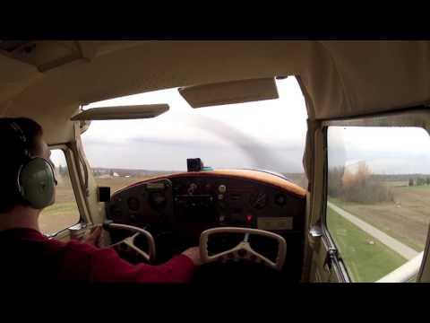 Cessna 150 tailwheel short field takeoff