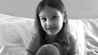 Lisa Cerasoli fait parler sa fille sur la maladie de sa grand-mère - Bande Annonce