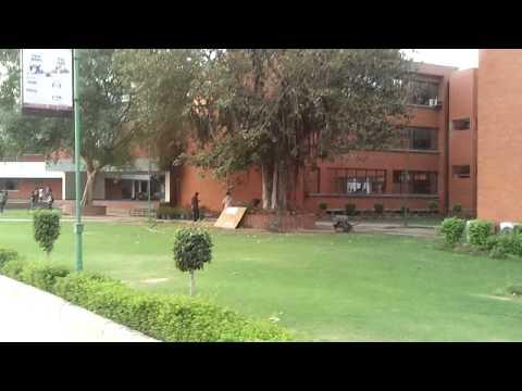 Sri Guru Gobind Singh College of Commerce video cover1