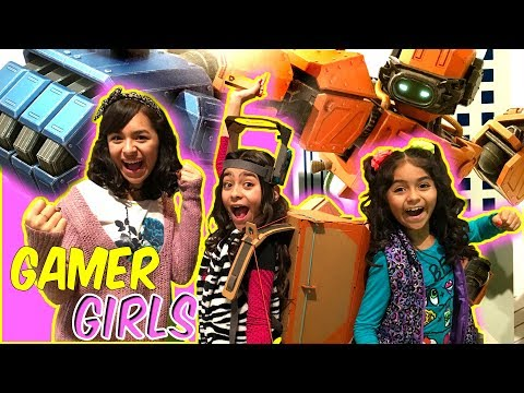 Nintendo Labo First Look - Gamer Girl Fun - VLOG IT // GEM Sisters
