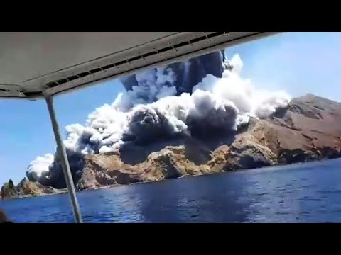 New Zealand volcano: tourists capture moment of eruption on White Island
