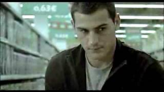 Икер Касильяс, Iker Casillas in funny commercial