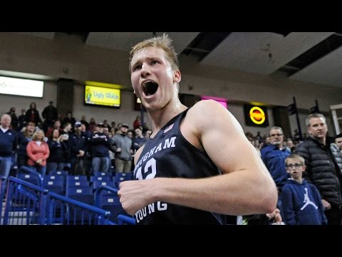 Gonzaga Undefeated No More! BYU Upsets Bulldogs