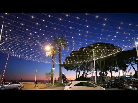Lichterdach Weihnachtsbeleuchtung mit Flasheffekt