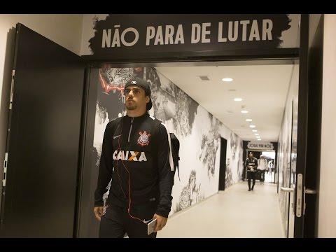 Fagner lamenta desclassificação da Libertadores