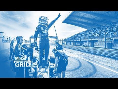 Showtime – Red Bull Racing's Max Verstappen & Daniel Ricciardo On Demo Runs | M1TG