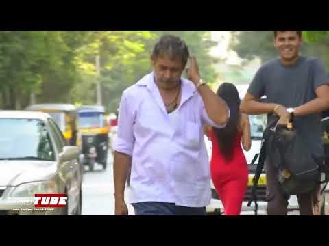 Hot Girl Open Pant Zip Prank - iDiOTUBE | Prank In India Screenshot 3