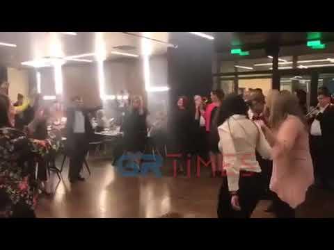 Θυμήθηκε τις ρίζες της η υφυπουργός εσωτερικών Ελευθερία Χατζηγεωργίου και χόρεψε ποντιακά (βίντεο)