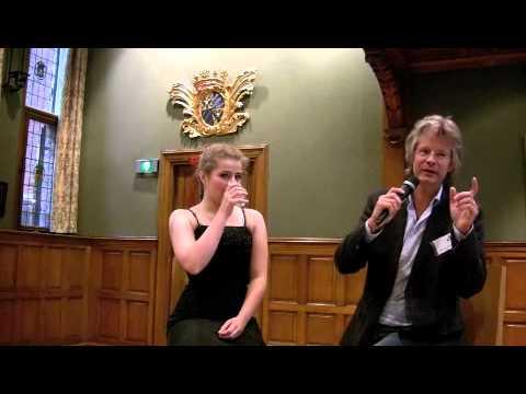 play video:Valentina Tóth wordt geinterviewd door Hans Haffmans - deel 1