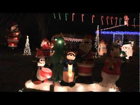 Christmas preview 2010 lights Deidre Bentley singing. rockin around the Christmas tree