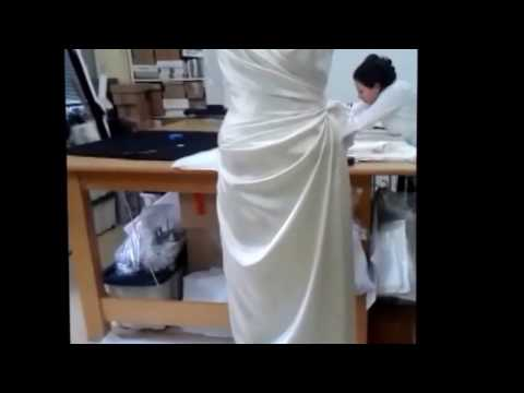 Drapiertes Brautkleid