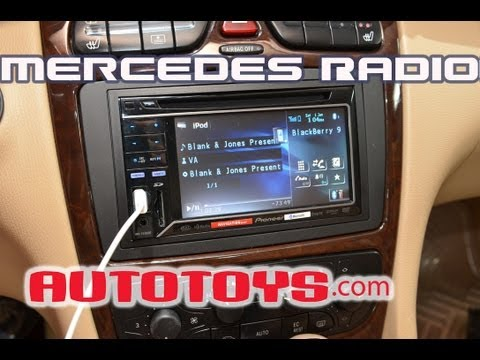Radio removal C-Class 2005-2007 Mercedes Benz - игровое видео