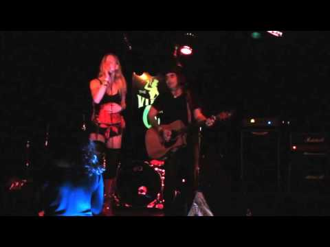 SHAUFRAU - Out of Control at VIPER ROOM WEST HOLLYWOOD, CA