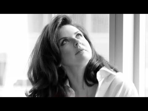 Наталия Власова - Мне не хватает тебя (Lyric Video)