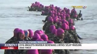2016 Marinir Berenang Lintasi Selat Madura