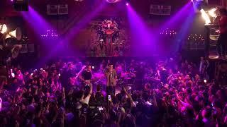 Lạ Lùng - Vũ. ft The Rapid Bros // Live at 1900 @ Future Hits