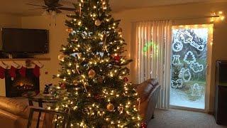 Смотреть онлайн Украшаем окно на Новый год