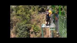 preview picture of video 'Bungy in Nepal'