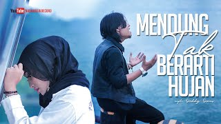Download Video Atikah Edelweis - MENDUNG TAK BERARTI HUJAN ft Febian MP3 3GP MP4
