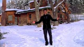 Llueve El Amor - Tito El Bambino (Video)