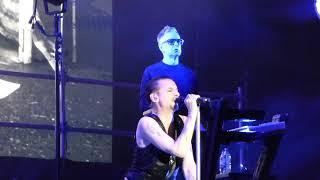 Depeche Mode - Useless - Mexico City - 13-03-2018 (HD)