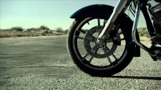 Try living off the straight & narrow | 2015 Harley-Davidson® Road Glide Special