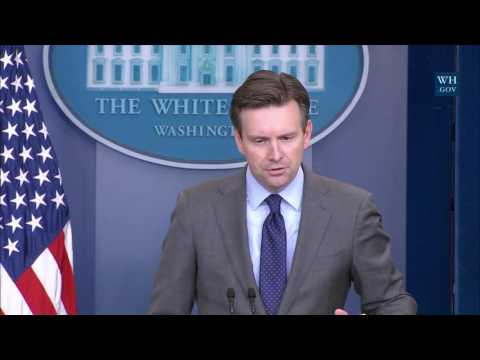 1/5/17: White House Press Briefing