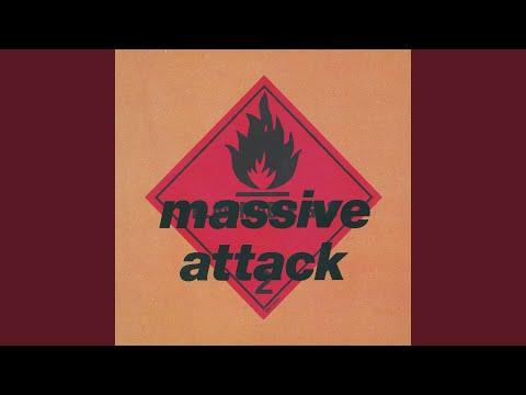 download lagu mp3 mp4 Blue Lines 2012, download lagu Blue Lines 2012 gratis, unduh video klip Blue Lines 2012
