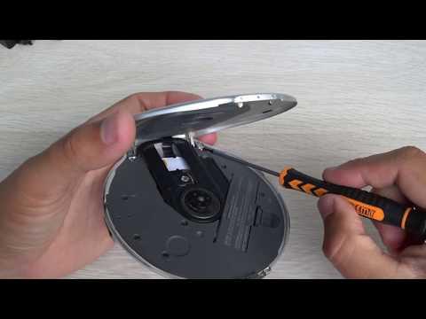 Sony DNE-920 MP3/ATRAC CD Walkman Portable Compact Disc Player