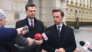 Krzysztof Bosak i Jakub Kulesza przed spotkaniem z premierem Morawieckim