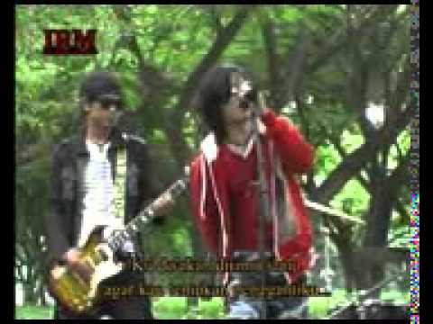 RADEN   Cinta Segi 3 Video Clip Trans Mp3