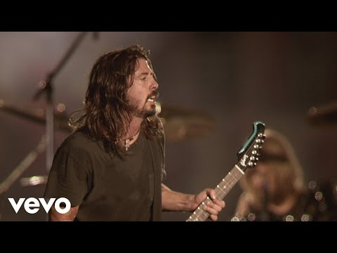 Foo Fighters - Breakout (Live At Wembley Stadium, 2008)