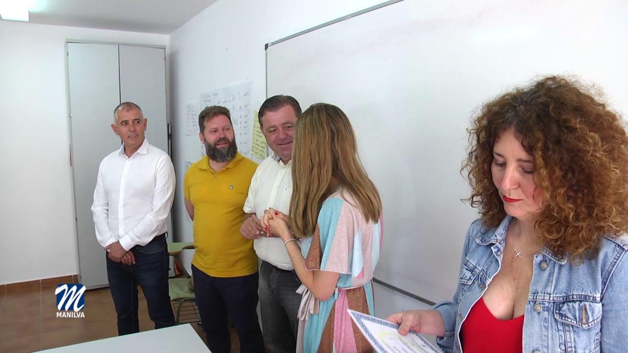 ENTREGA DE DIPLOMAS DEL CURSO DE INGLÉS Y ESPAÑOL