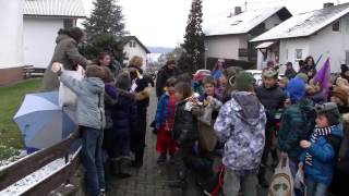 preview picture of video 'Grundschule Stupferich Faschingsumzug 2013'