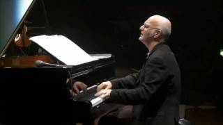 "Ludovico Einaudi   ""Divenire""   Live @ Royal Albert Hall London"