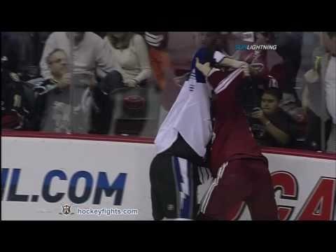 Shane Doan vs. Pavel Kubina