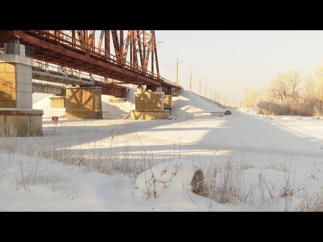 Ангарчане рискуют здоровьем, выезжая на лёд