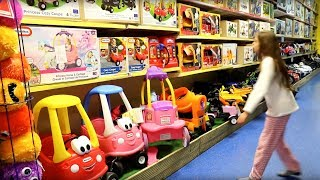 Toy Store  - Playing Hide and Seek