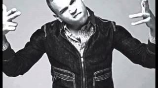 Chris Brown - Your World -Lyrics_ (Japan Bonus Track)