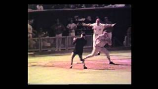 Willie Mays & Brooks Robinsons World Series Glove - Autumn Glory Exhibit