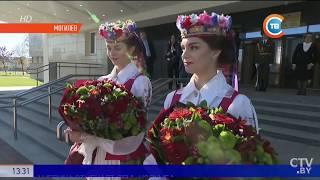 Лукашенко лично встретил Путина в могилёвском аэропорту