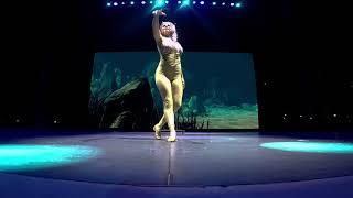 Handstand Stützten - Ocean Venus