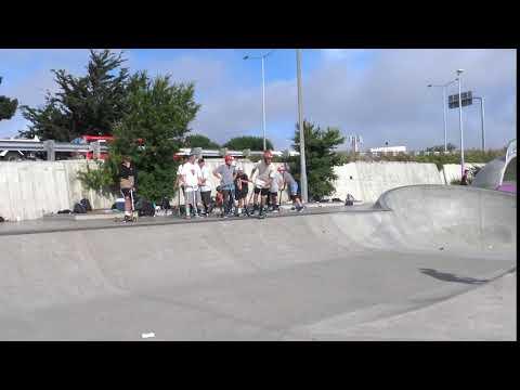 Down Heal 360 Bar Rewind Scooter Trick