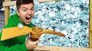 100 Layers of Diamonds vs 100 Layers of Lava! - Minecraft Challenge